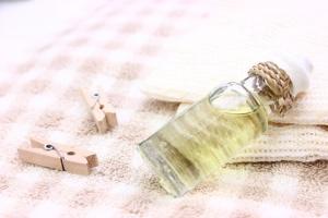 アロマの小瓶